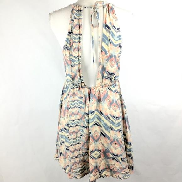 O'Neill Dresses & Skirts - O'Neill Dress Sz M Open Back Print Beach Summer
